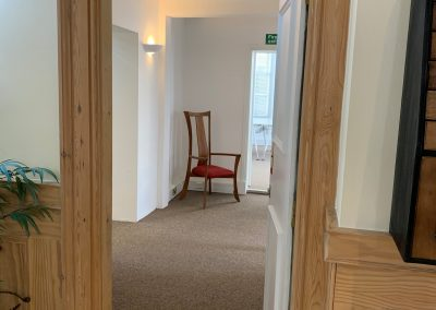 serviced offices in maidenhead hallway